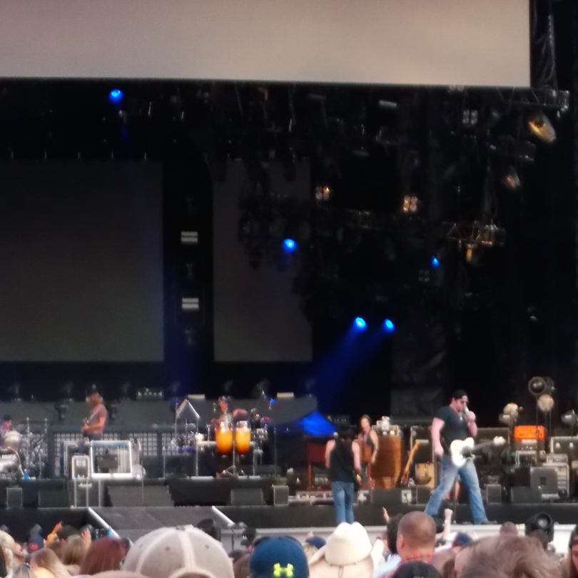 Lee Brice performs