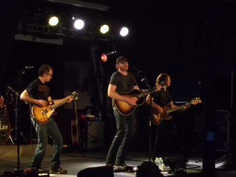 Eric Paslay performs