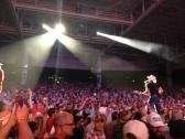 Brad Paisley crowd