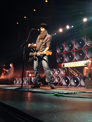 Scotty McCreery's bassist performs at the Oakdale Theatre