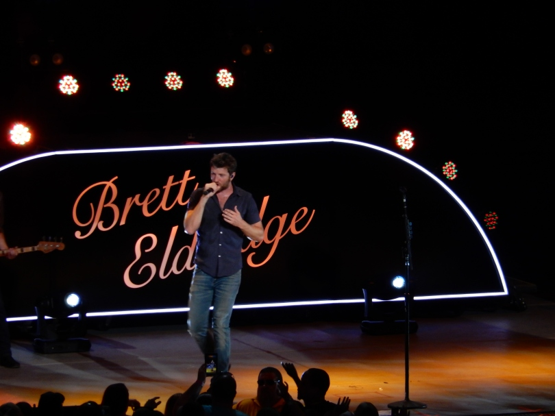 Brett Eldredge Xfinity Center 2015