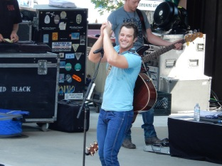 Easton Corbin Indian Ranch 2015