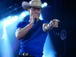 Dustin Lynch Meadowbrook 2015