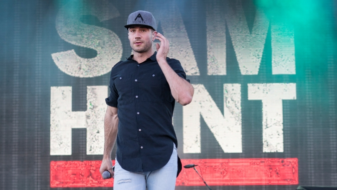 Sam Hunt Wins Big at the American Music Awards